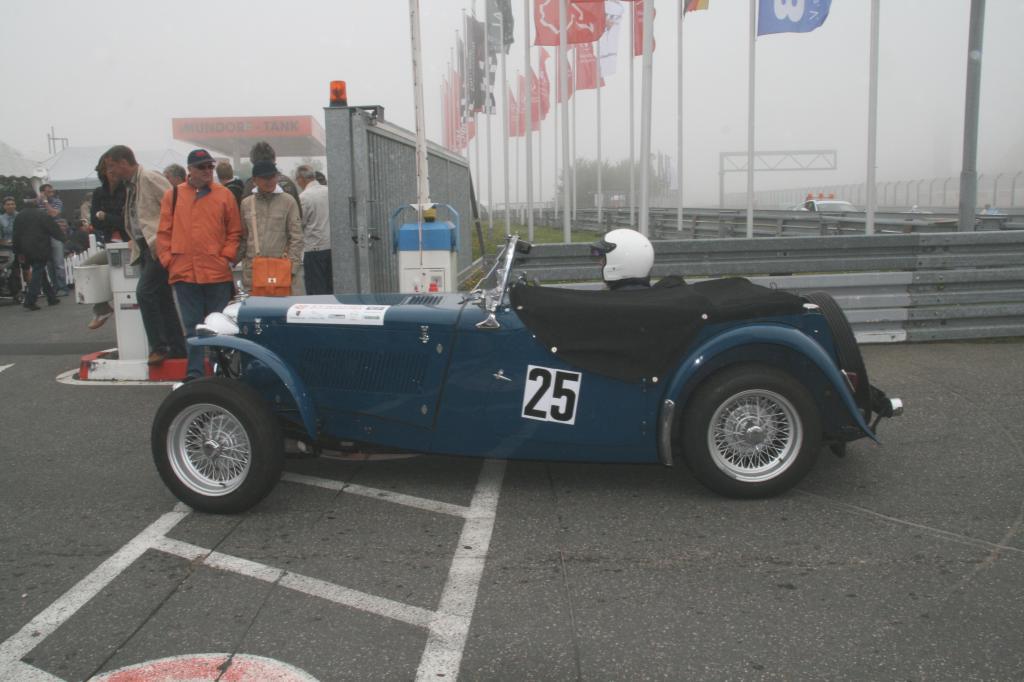 Fotoshow vom 37. Avd-Oldtimer-Grand-Prix auf dem Nürburgring - Bild(5)