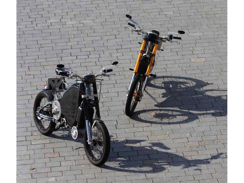 Motorradmarken: Erockit: Mensch-Maschine-Hybrid-Zweirad, handmade in Berlin