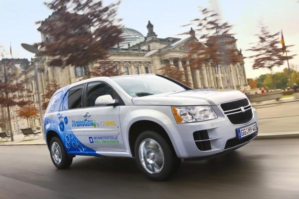 Opel Brennstoffzellenfahrzeuge absolvieren 10 000 Kilometer durch Berlin