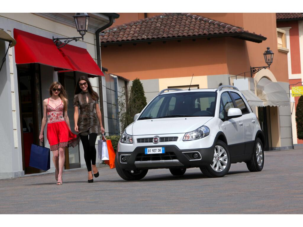 Sedici: Überarbeiteter Fiat Sedici mit verbesserten CO2-Werten