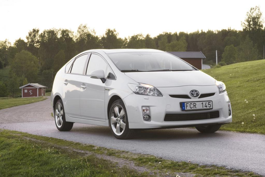 Verbrauch von Hybridautos überzeugt ADAC