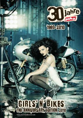 auto.de-Weihnachts-Gewinnspiel: Polo Kult-Kalender ''Bikes 'n' Girls 2010''