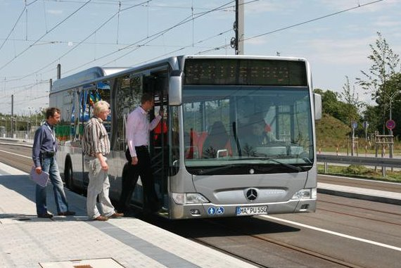 425 Daimler-Busse für die Niederlande
