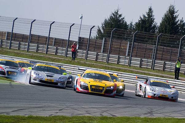ADAC GT Masters-Sachsenring: Haase/Moser erfolgreich