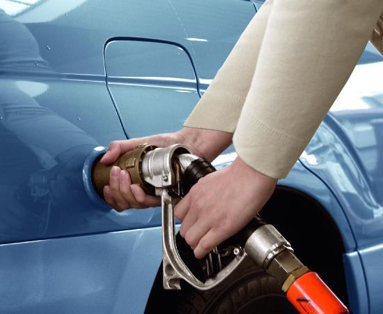ADAC unterstützt Autogas-Umbau mit Kredit