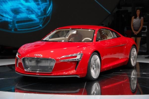 Audi präsentiert Sportwagen-Studie e-tron auf der IAA