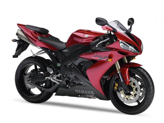Hier finden Sie Ihr Motorrad! Augenweide auf 4 Rädern.