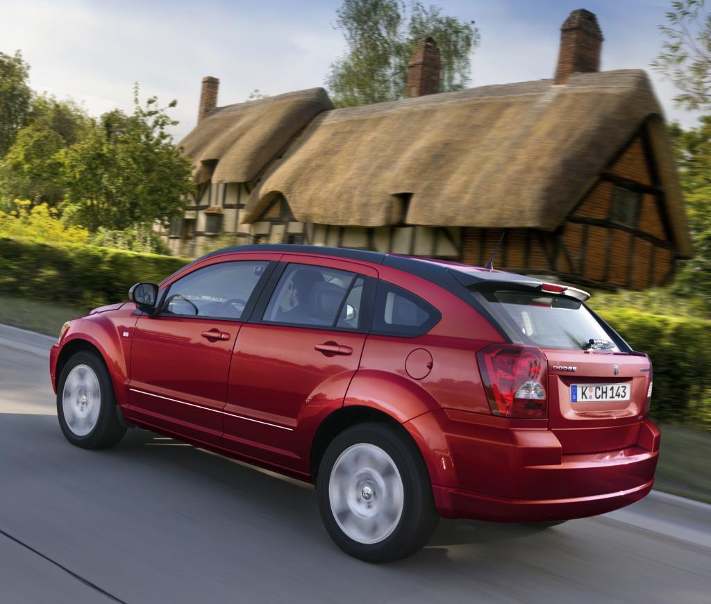 IAA 2009: Dodge Caliber mit neuen Motoren und neuem Innenraum - Bild(2)