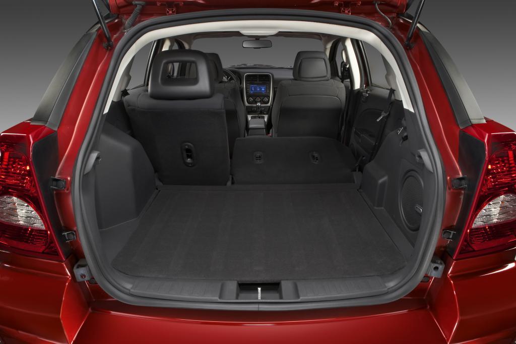 IAA 2009: Dodge Caliber mit neuen Motoren und neuem Innenraum - Bild(3)