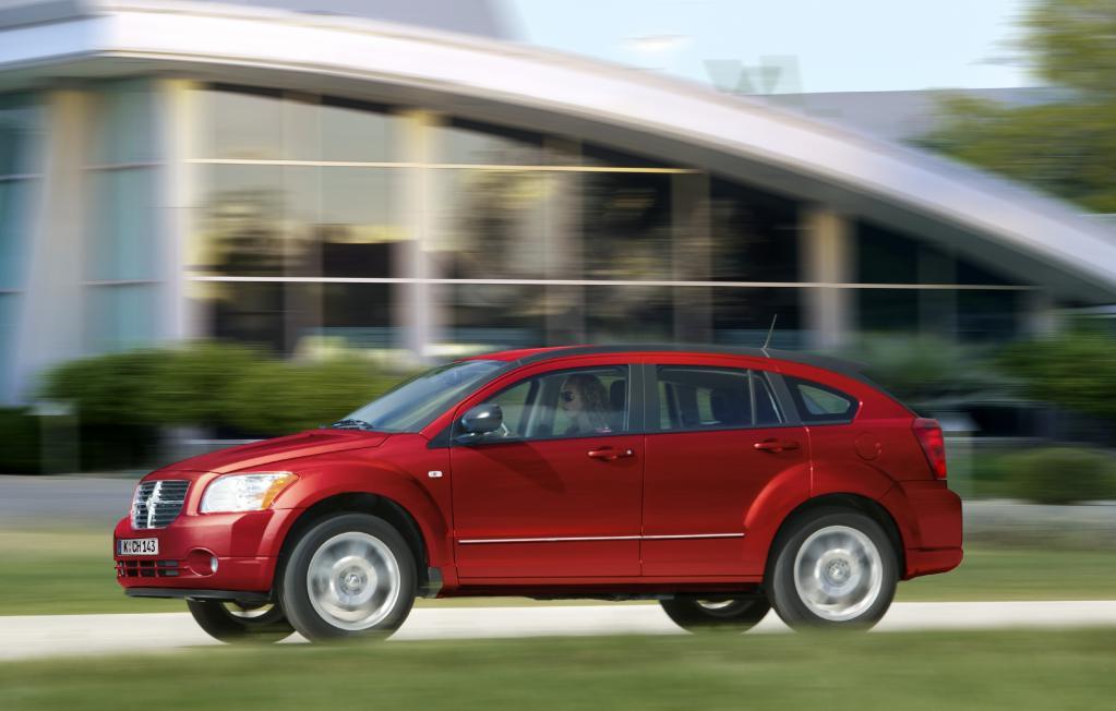 IAA 2009: Dodge Caliber mit neuen Motoren und neuem Innenraum
