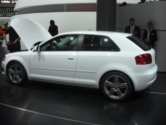 IAA 2009 Rundgang: Audi A4 3.0 TDI und A3 1.2 TFSI