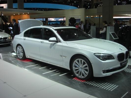 IAA 2009 Rundgang: BMW Activ-Hybrid 7 und Activ-Hybrid X6