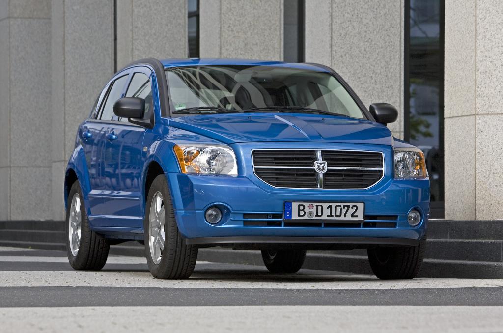 IAA Frankfurt: IAA 2009: Dodge Caliber mit neuen Motoren und neuem Innenraum