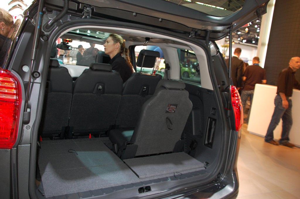 IAA Frankfurt: IAA 2009 Rundgang: Peugeot 5008