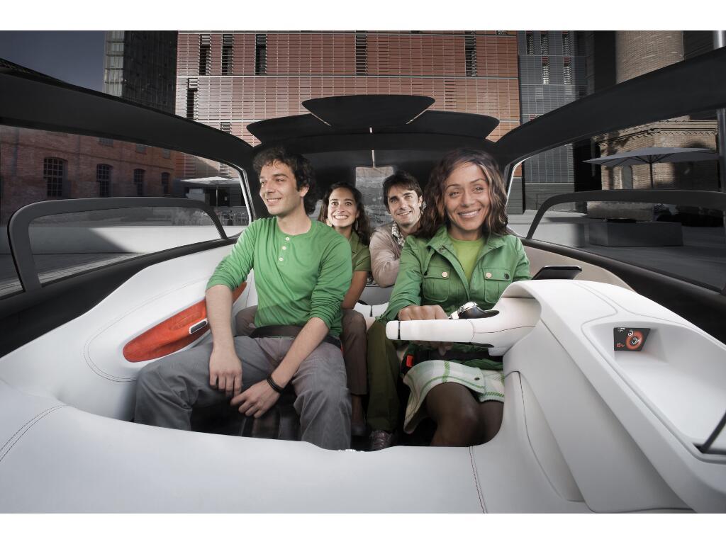 IAA Frankfurt: Peugeot BB1: Futuristische Elektroauto-Studie für die Stadt