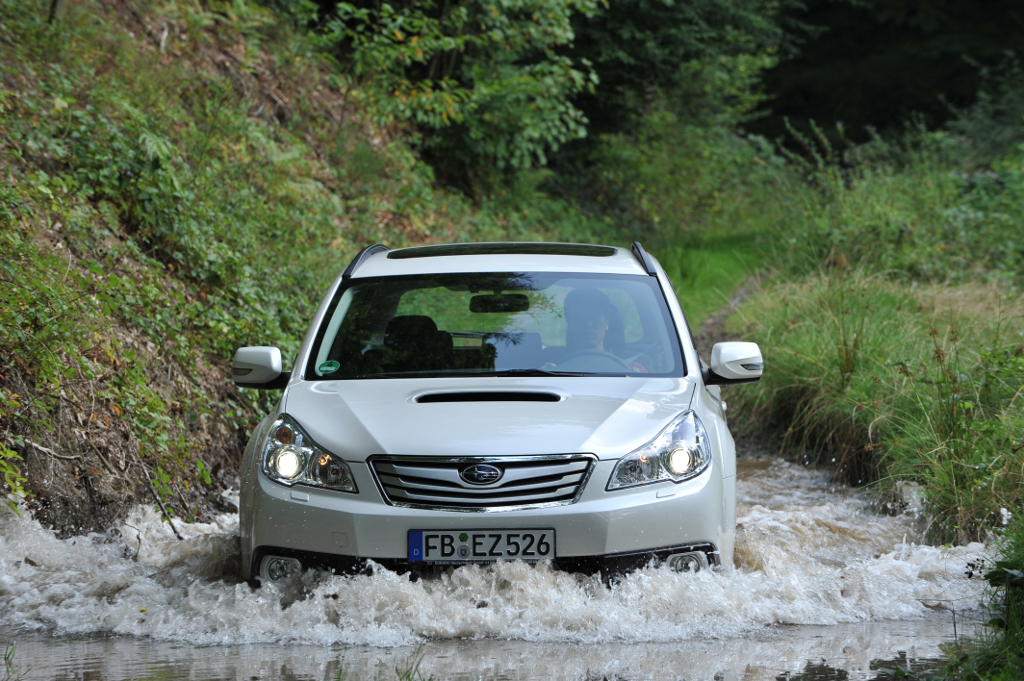 IAA Frankfurt: Subaru Legacy und Outback: Japanische Allrad-Mittelklasse in neuem Gewand