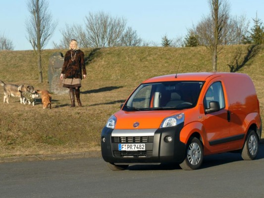 Kleintransporter Fiat Fiorino auch mit Erdgas-Antrieb