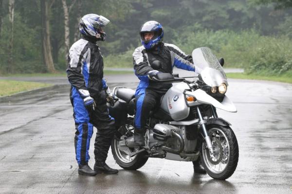 Motorrad: Sicher durch den Herbst