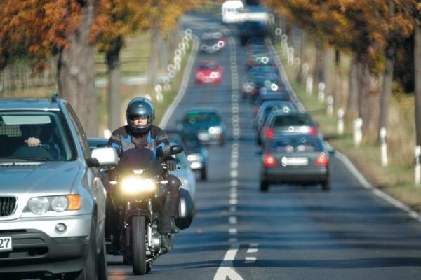 Motorradsymposium: Empfehlungen für mehr Sicherheit