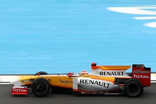 2. Freies Training : Alonso holt Bestzeit