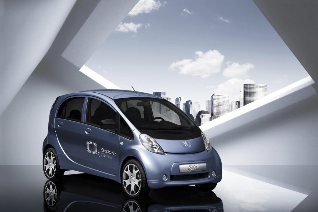 Elektroauto: Frankreich plant Stromzapfsäulen-Pflicht