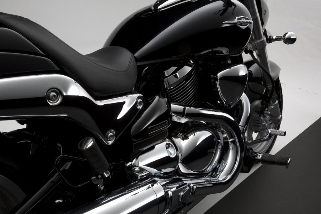 Fahrbericht Suzuki Intruder M 1500: Ein neuer Twin mit alten Werten - Bild 4
