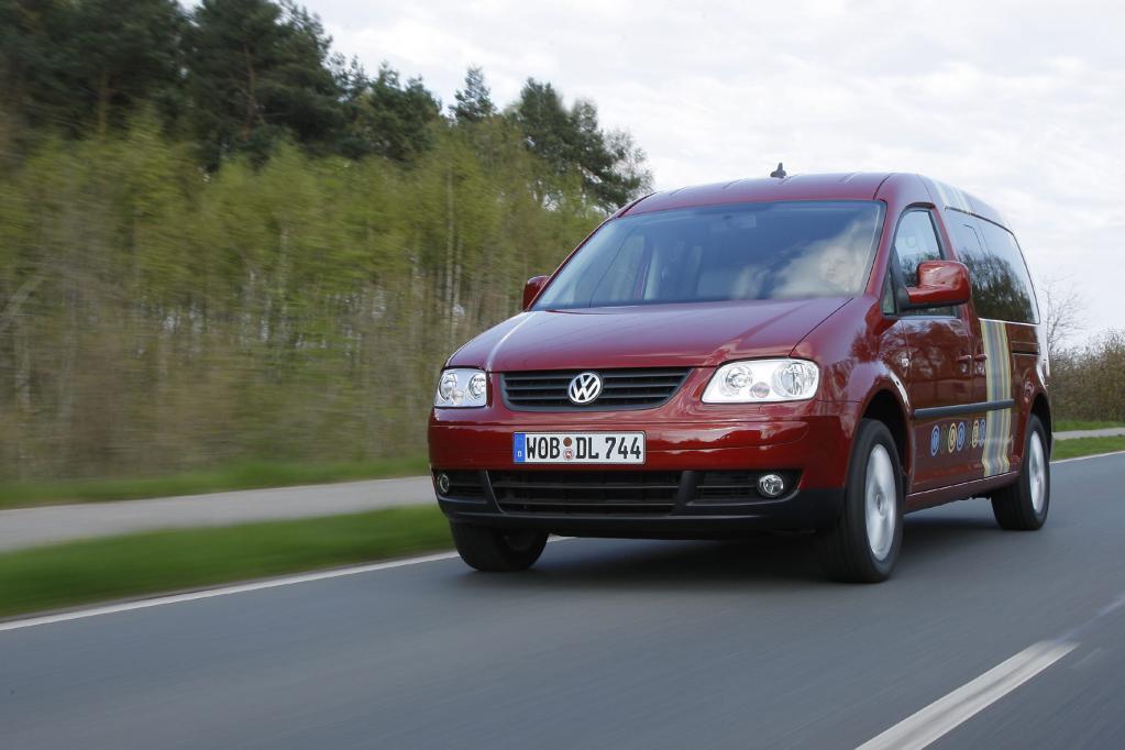 Fahrbericht VW Caddy Maxi Tramper Ecofuel: Spar-Urlaub für Flexible - Bild 1