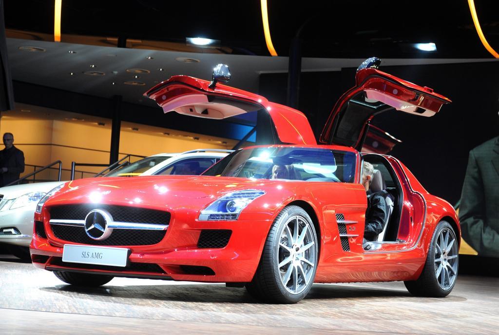 Fertigungsauftrag für den Mercedes-Benz SLS AMG geht an Magna Steyr