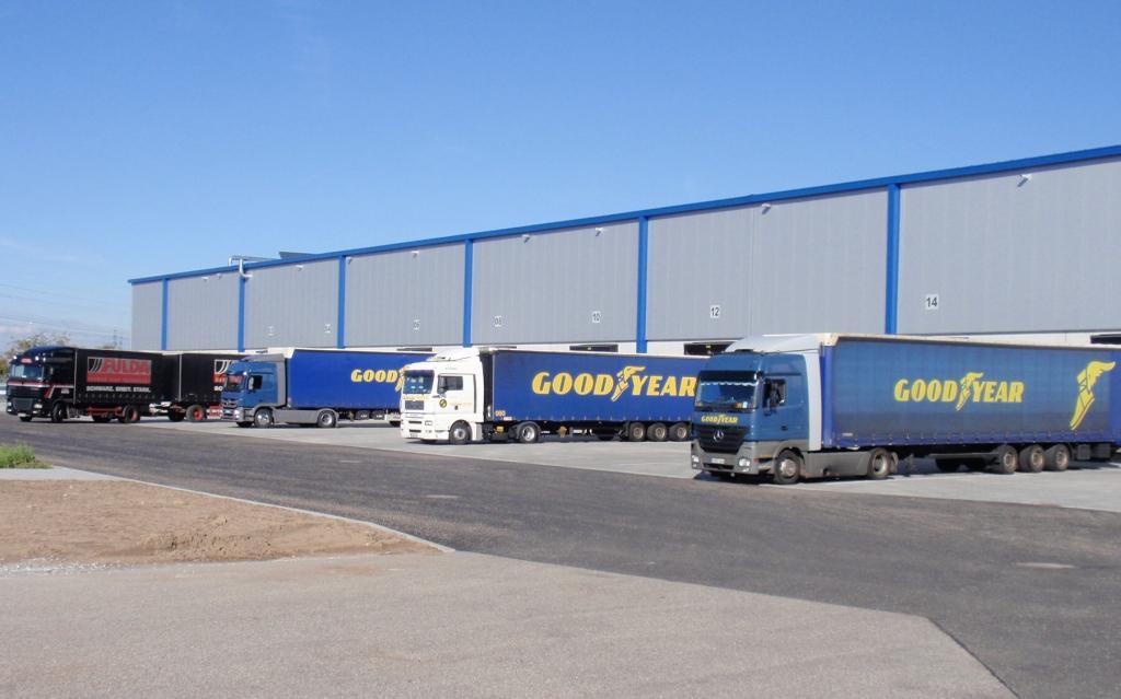 Goodyear Dunlop hat größtes Pkw-Reifenlager Europas