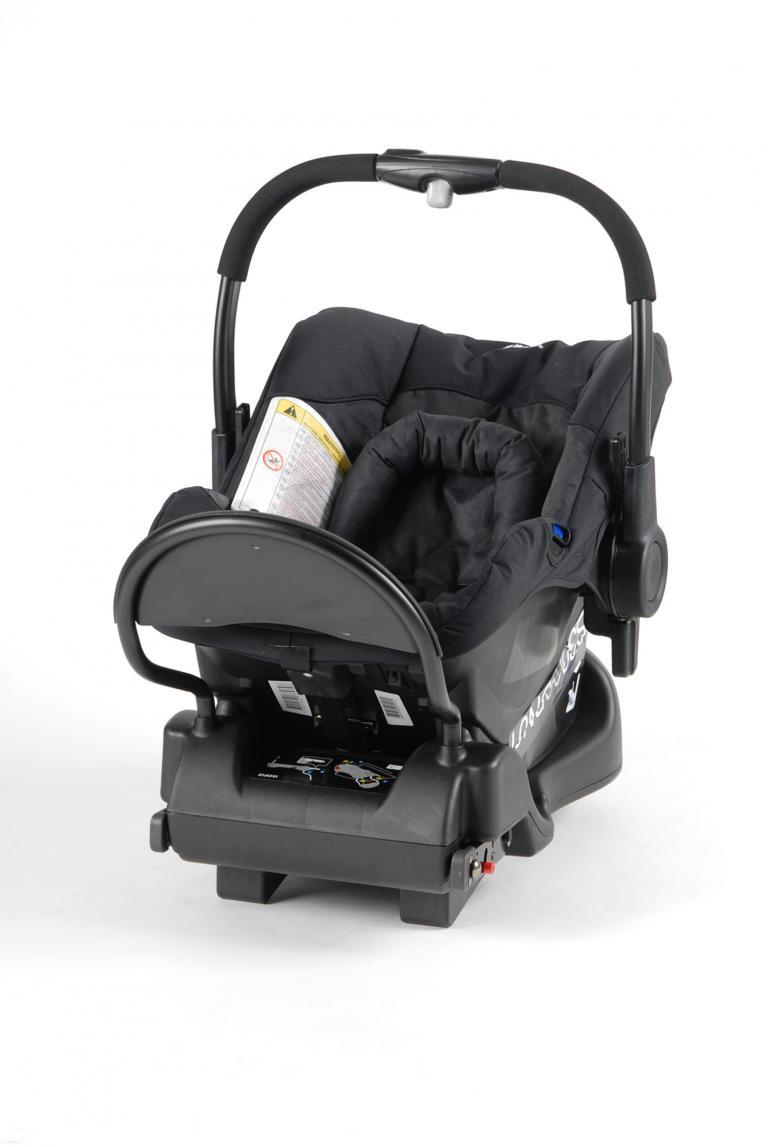 Kindersitz-Test: Probleme beim Seitenaufprall  - Bild(2)