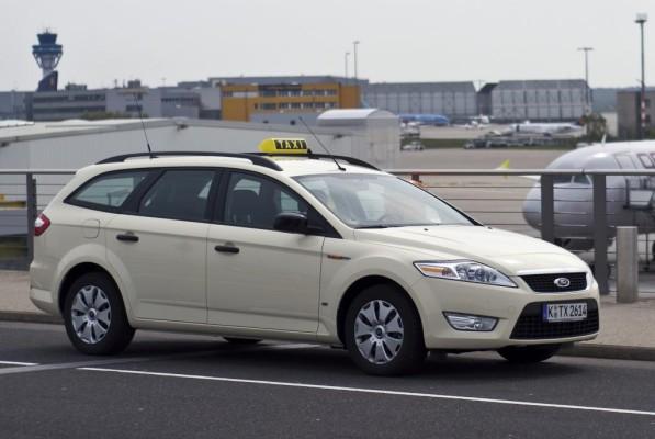 Kostenlose Taxi-Pakete für Ford-Modelle
