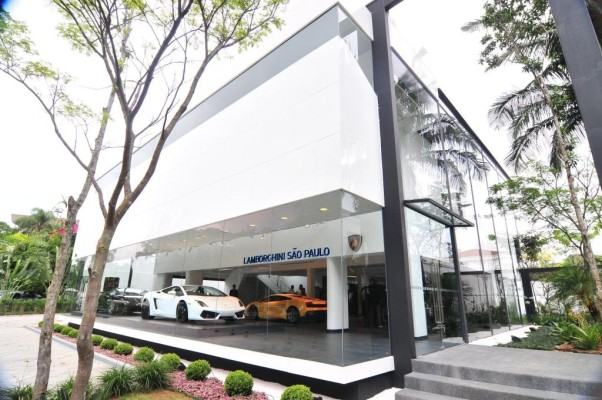 Lamborghini startet in Südamerika