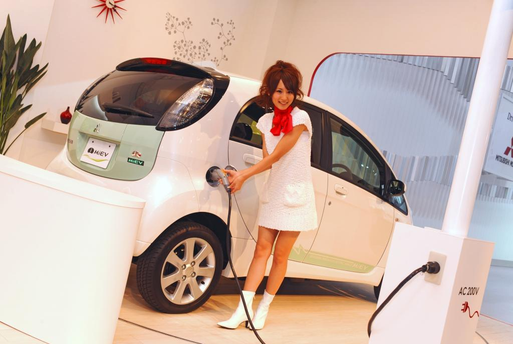 Mitsubishi i-MiEV: Technologie-''Car of the Year'' in Japan
