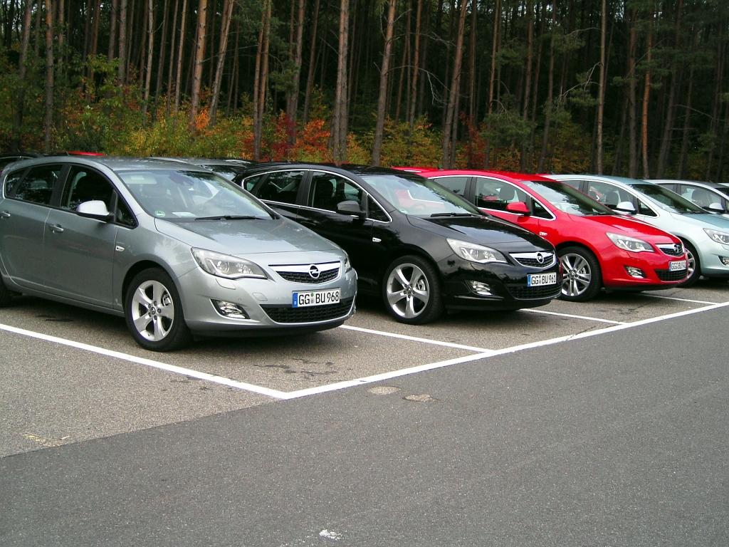 Opel Astra: Kompaktwagen mit Genen der Mittelklasse