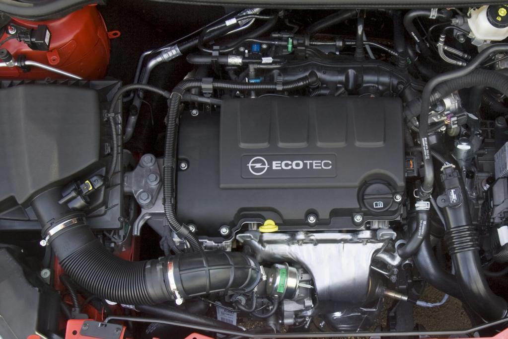 Opel Astra: Neuer Angriff auf den Golf - Bild(5)