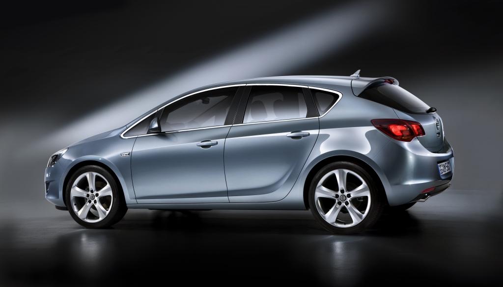 Opel Astra: Neuer Angriff auf den Golf
