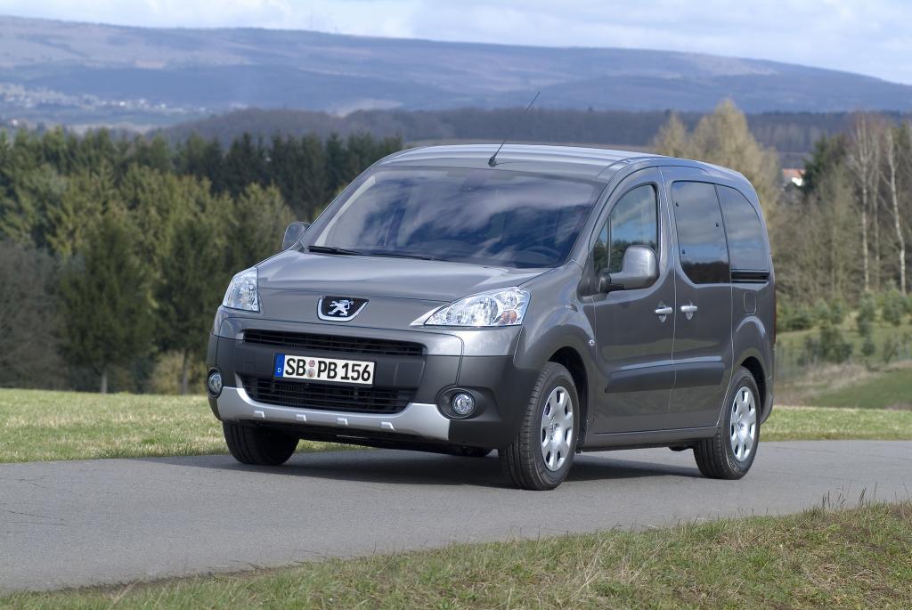 Peugeot Partner Tepee mit neuem 1,6-Liter-Ottomotor