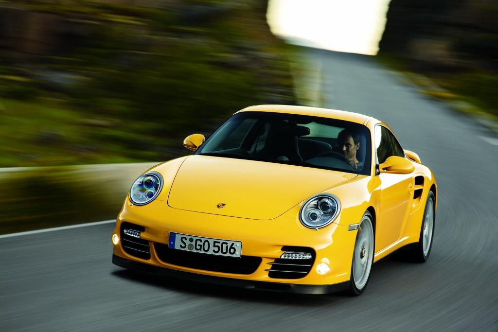 Porsche 911 Turbo: Kraftvoller denn je  - Bild (11)