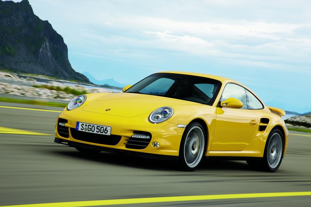 Porsche 911 Turbo: Kraftvoller denn je  - Bild (12)