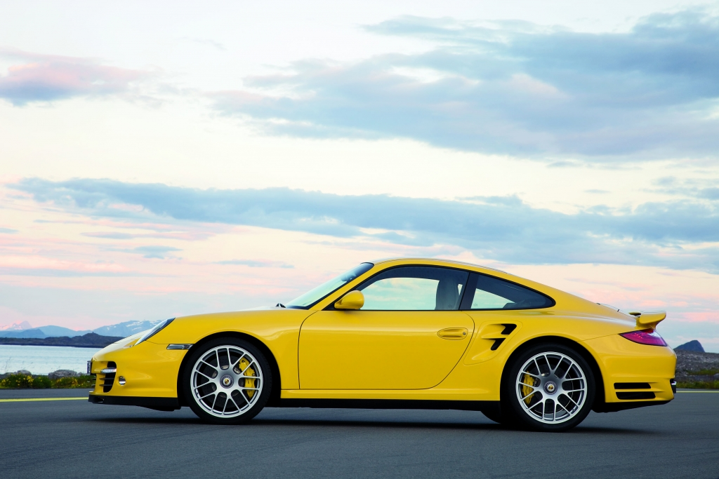 Porsche 911 Turbo: Kraftvoller denn je  - Bild (9)