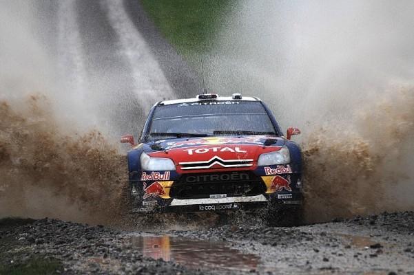 Rallye Großbritannien Tag 1: Loeb vor Hirvonen: Direktes Duell an der Spitze