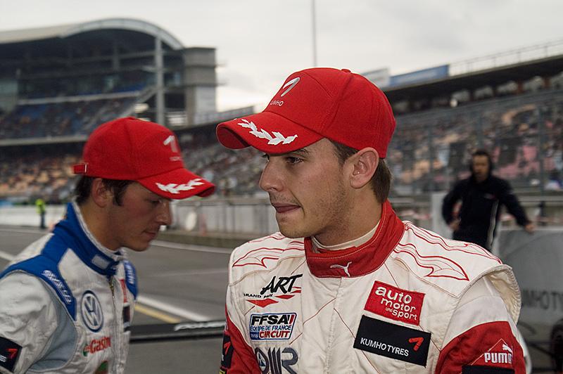 Timo Scheider ist der DTM-Champion 2009   Foto: Michael Kogel