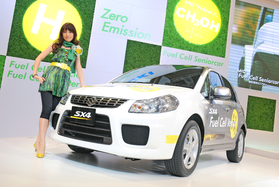 Tokio 2009:  Suzuki Swift Plug-in-Hybrid und Brennstoffzellen SX4