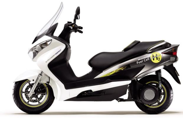 Tokyo Motor Show 2009: Suzuki Burgman Fuel-Cell Scooter und Suzuki MIO