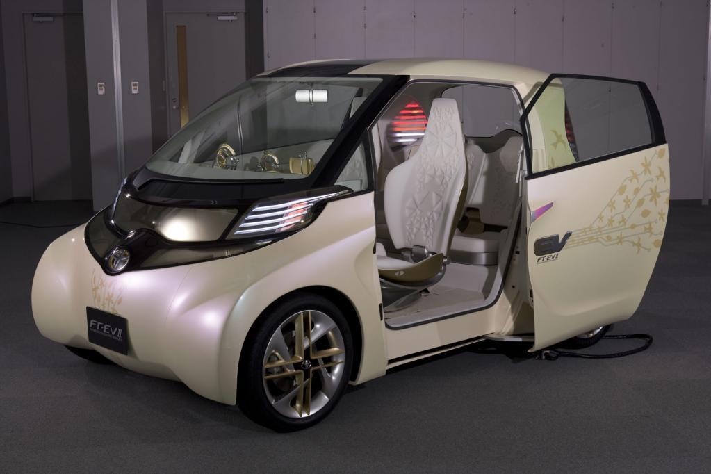 Toyota zeigt Elektroauto-Studie - Bild(1)