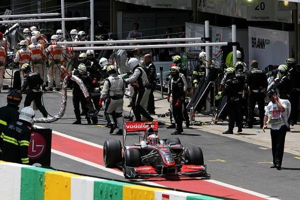 Zeitstrafe für Kovalainen: McLaren und Trulli müssen zahlen