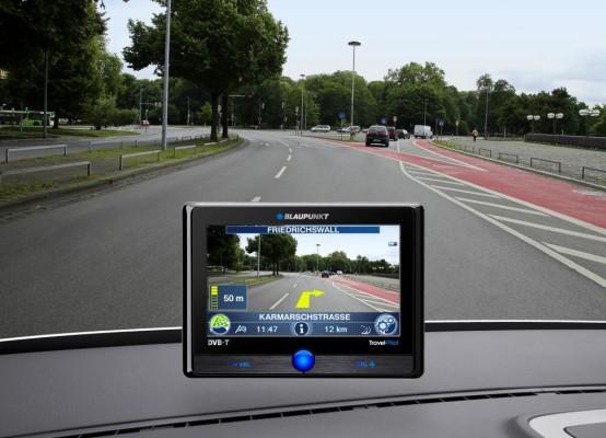 ''Auto Zeitung'': Acht Navigationsgeräte im Test