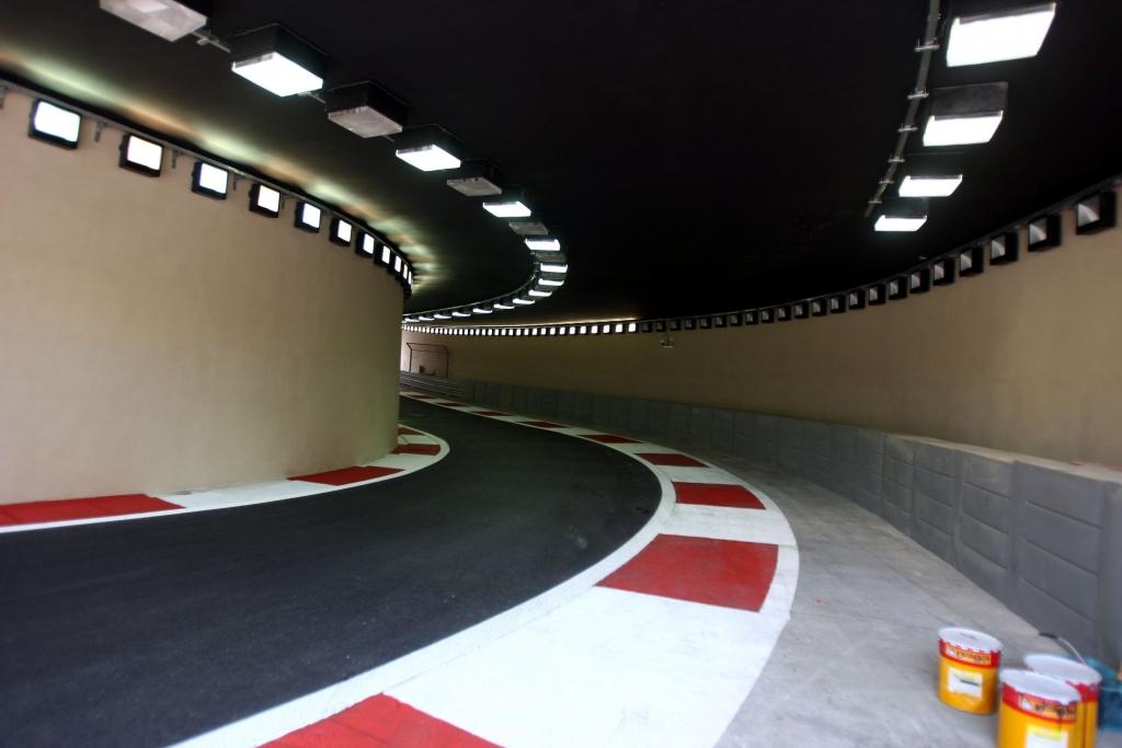 Abu Dhabi: Neue Rennstrecke der Superlative - Bild(13) - Bild(13)