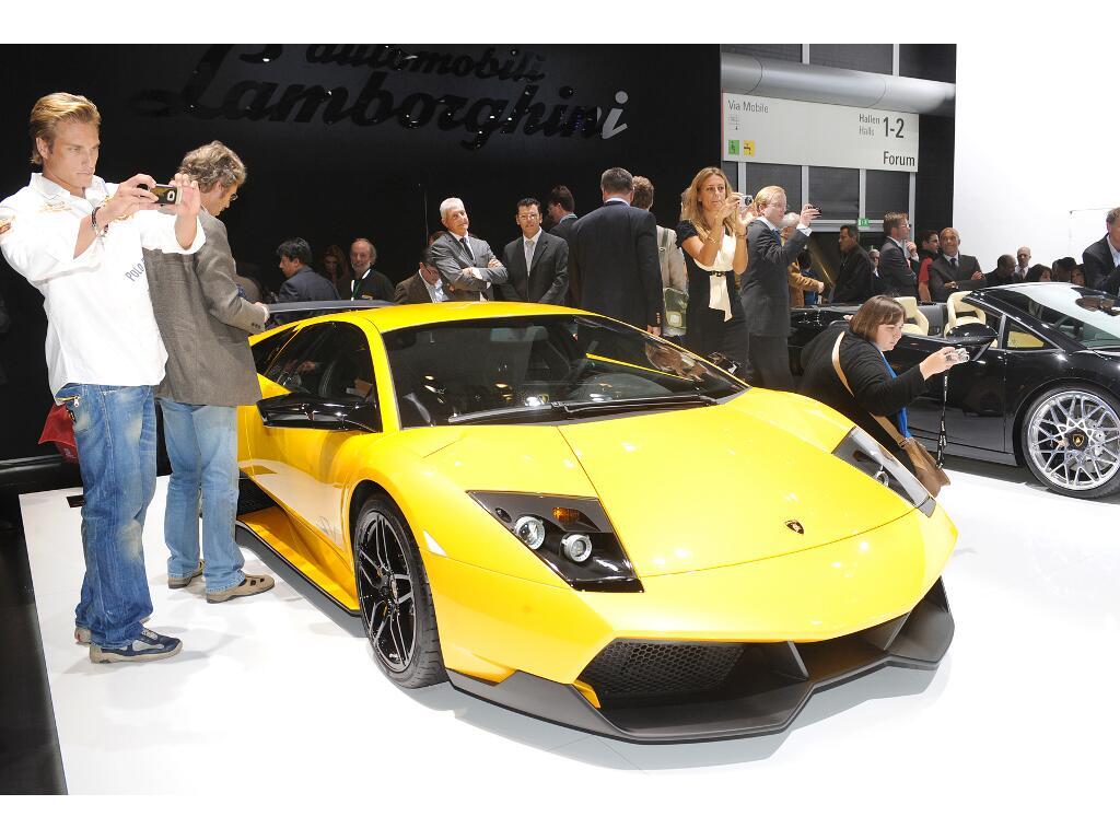 Auslieferungs-Start für Lamborghini Reventon Roadster  - Bild(13)