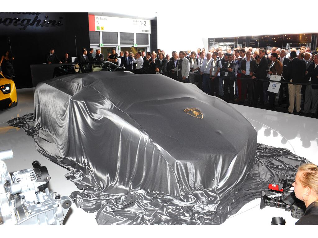 Auslieferungs-Start für Lamborghini Reventon Roadster  - Bild(9)